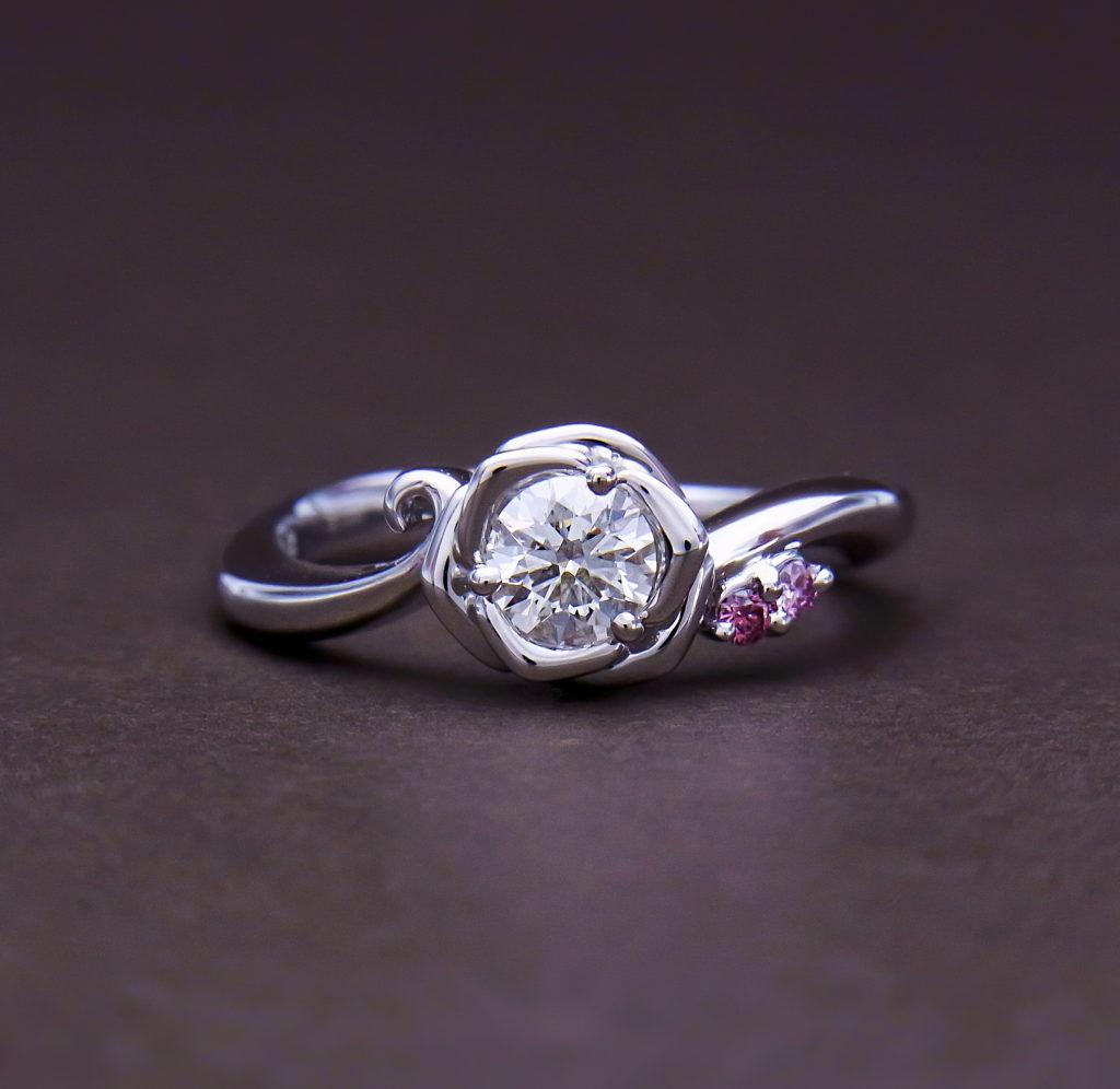 ピンクダイヤモンドエンゲージリング