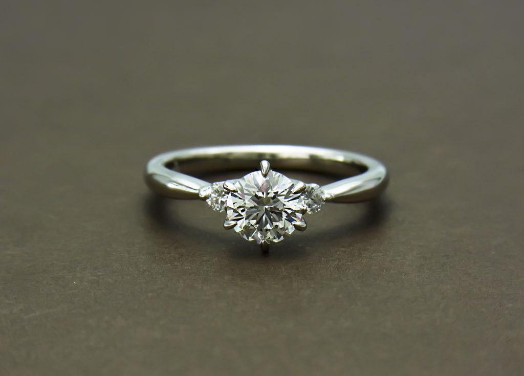 お持ちのダイヤモンドでエンゲージリング作成