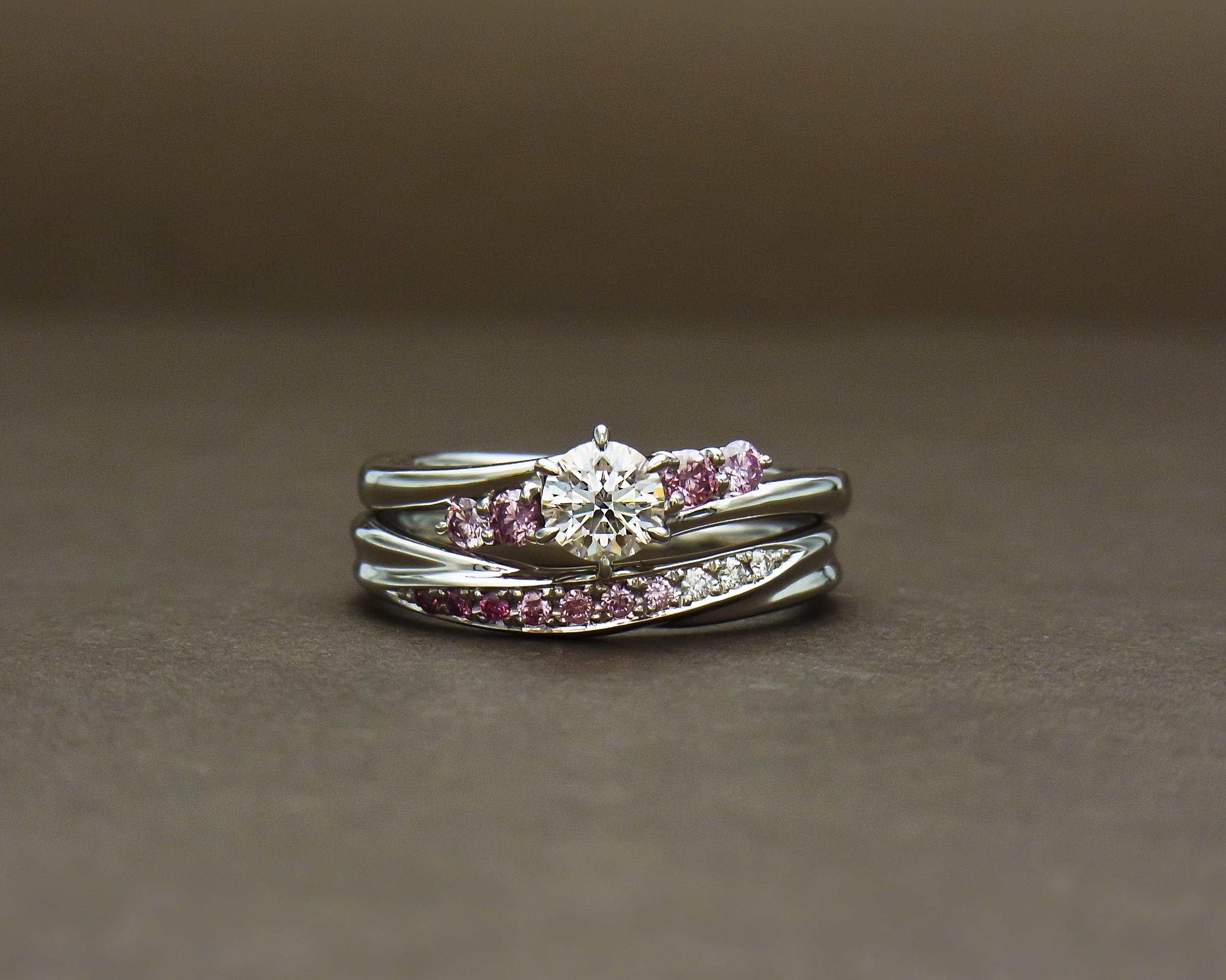ピンクダイヤモンド 重ねづけ