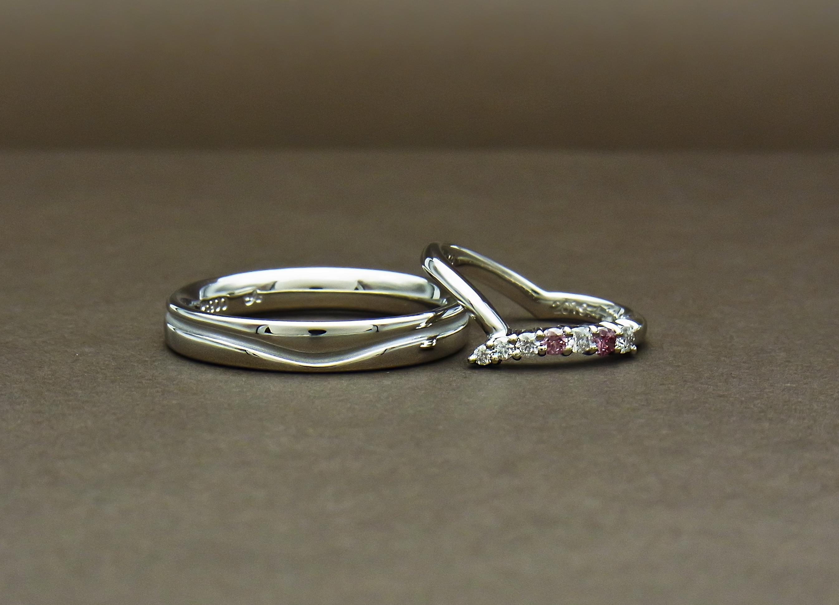 ピンクダイヤモンド 結婚指輪