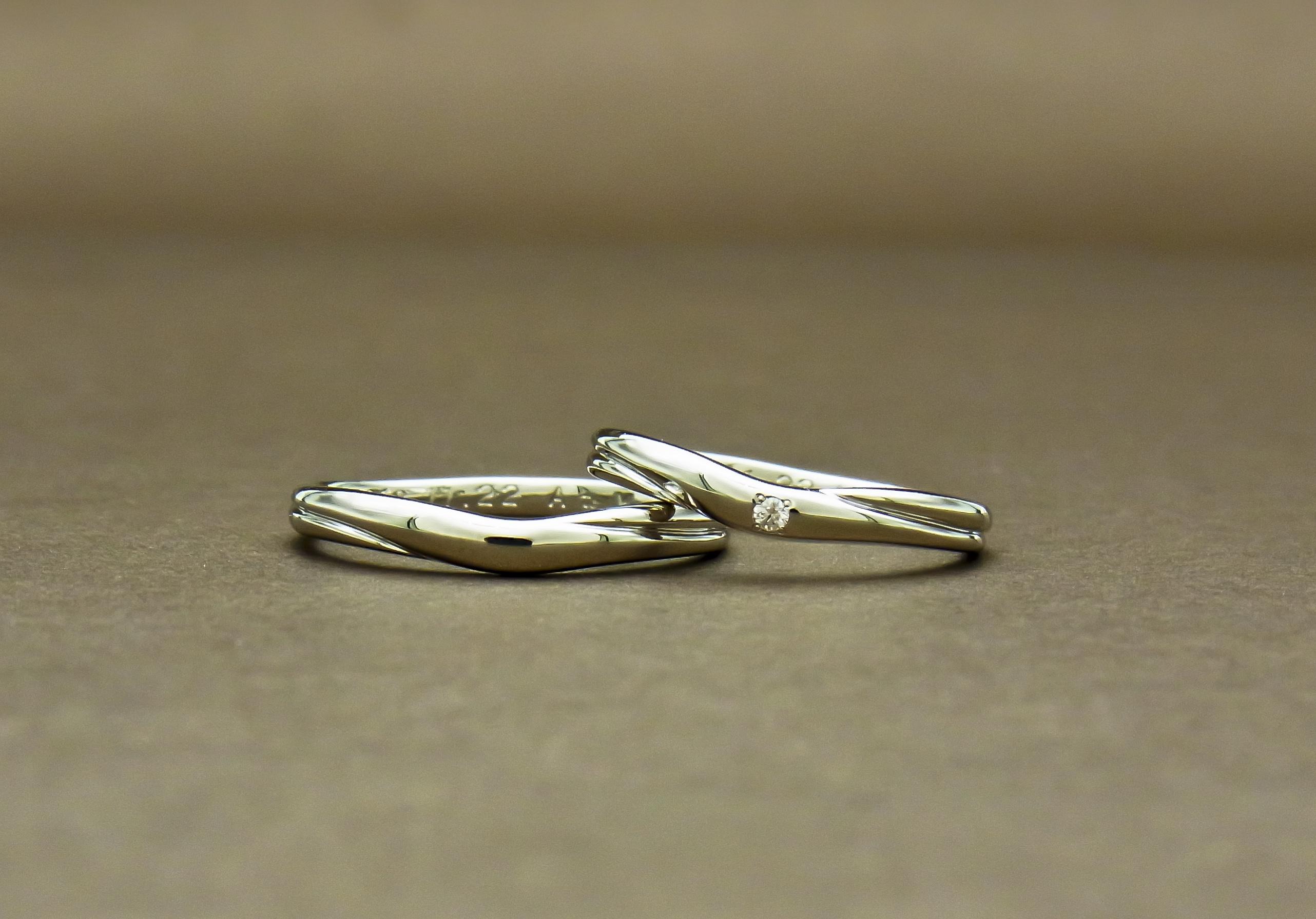 ダイヤモンド入り結婚指輪